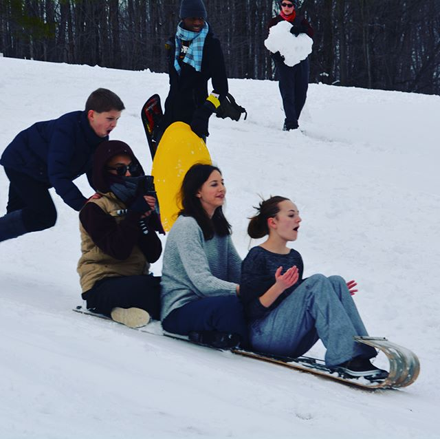 Hey Everyone! It's snowing at camp right now, so it's a great time to be reminded that the Sr. High Retreat is THIS FRIDAY! There is still time to register if you haven't yet, but make it snappy! ALSO EARLY REGISTRATION for the Family Retreat(next weekend) ends THIS FRIDAY TOO! So make sure you register Families! #campiroquoina #winterretreats #2018SrHighRetreat #2018FamilyRetreat #registernow #snow #sledding